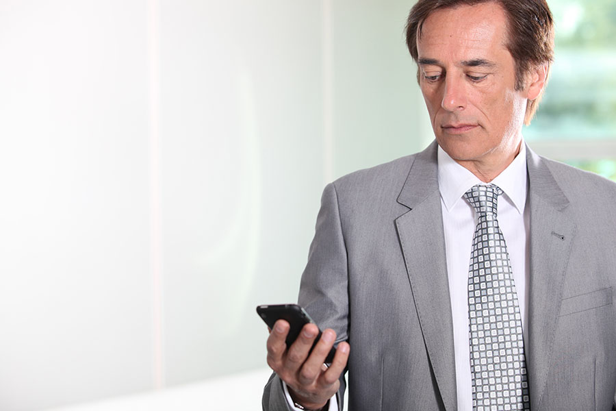 Is It Professional To Text Clients? Five Tips to Text Your Clients Properly (Part I)